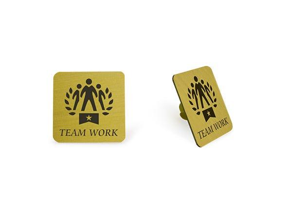 Team work gold lapel pin